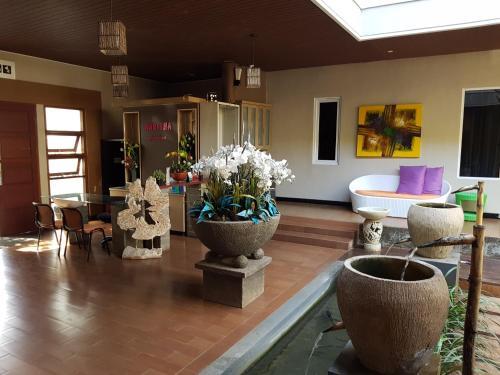 Narisha Guesthouse, Kupang