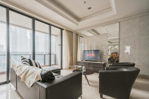 District 8: Luxurious and Spacious Apartment at SCBD / Senopati, South Jakarta
