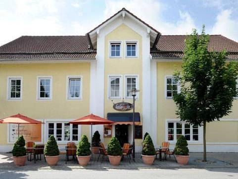Vila Belaggio, Deggendorf