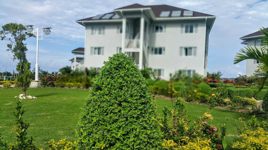 Oceanic View Apartment at Fern Court,