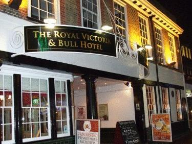 The Royal Victoria & Bull Hotel, Medway