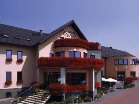 Hotel Court Wellness & Spa, Strzelce