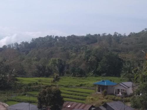 Sima Moni Lodge, Ende