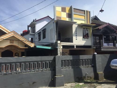 Dome guest house, Probolinggo