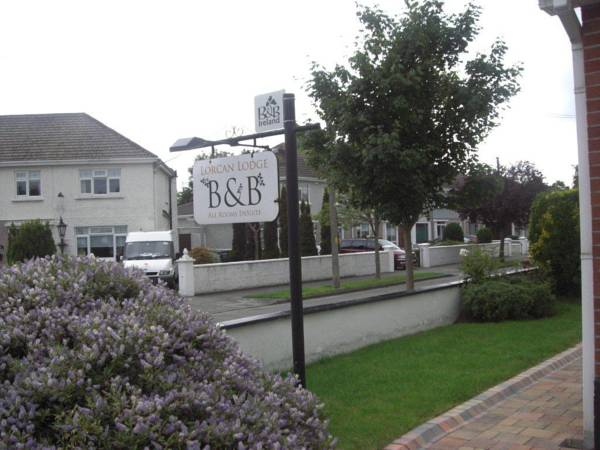 Lorcan Lodge Bed and Breakfast,
