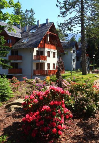 Apartamenty Sun Seasons 24 - Rezydencja Pod Swierkami, Jelenia Góra