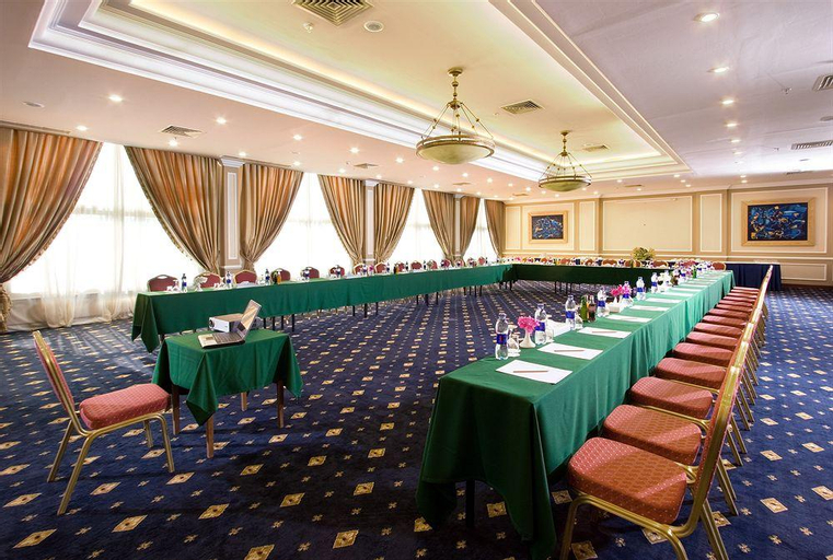 Stella Grand Hotel, 'Ataqah