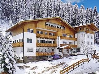 Hotel La Pineta, Bolzano
