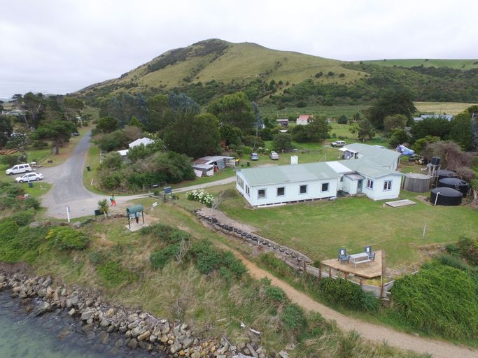 Surat Bay Lodge & Backpackers Hostel, Clutha