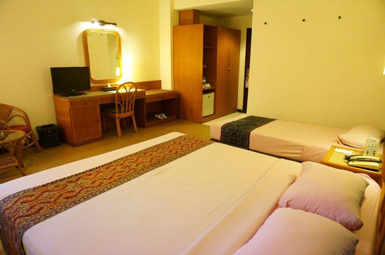 Losari Beach Inn Hotel, Makassar