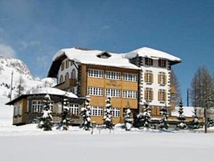 Hotel Costabella, Trento