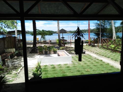 Salty Dog Hostel, Nias Selatan
