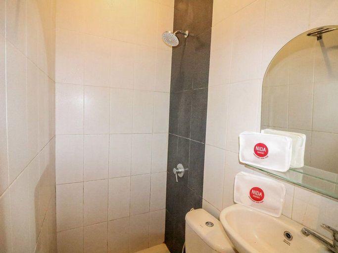 Nida Rooms 8 Kraton Tugu Railway Station At Hotel Balecatur Inn, Sleman