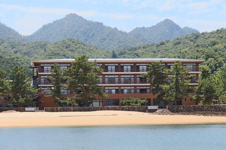 Miyajima Seaside Hotel, Hatsukaichi