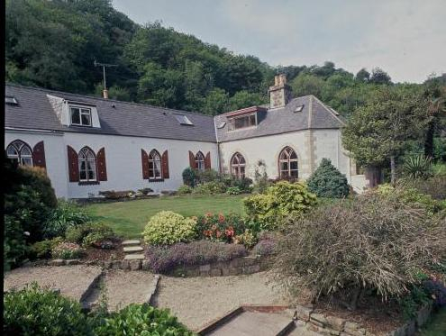 Undercliff Guest House,