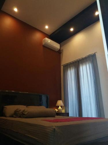 d8 Every Guest Room, Surabaya