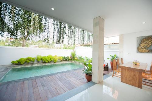 Apple Villa, Tabanan