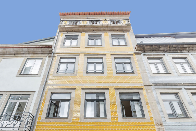 Oporto Street Sá de Noronha, Porto
