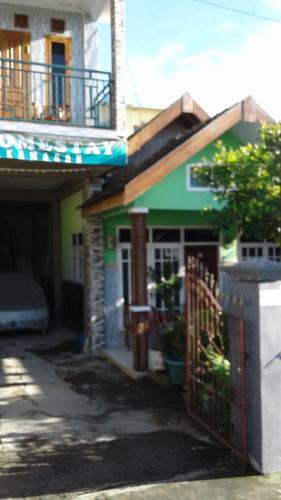 Mama Homestay, Malang