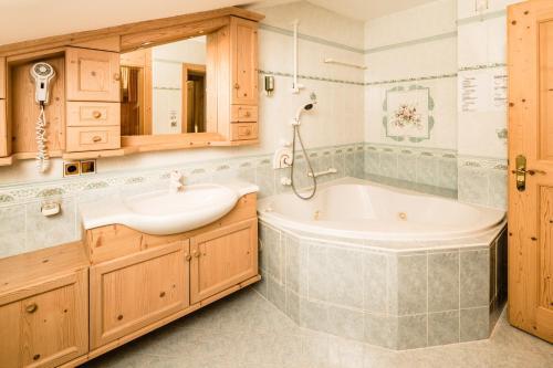 Romantik & Family Hotel Gardenia***S, Bolzano