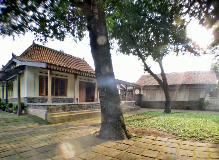 Omah Pitoe Guest House, Yogyakarta