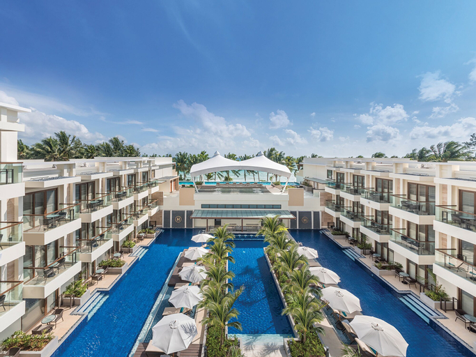 Henann Palm Beach Resort, Malay