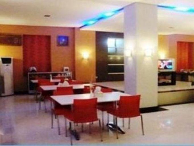 Hotel Femina, Padang