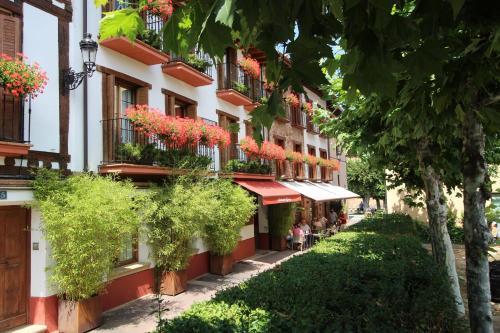 Apartamentos Turisticos Ezcaray, La Rioja