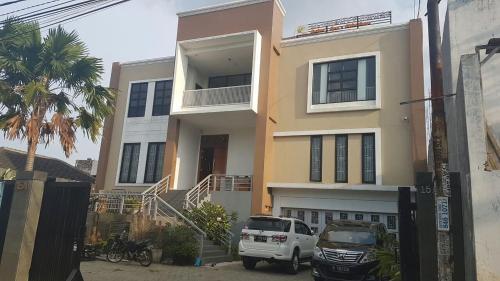 Bintara Jaya Guest house, Jakarta Timur