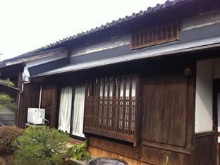 Guest House Oomiyake (Important Cultural Properties), Naoshima