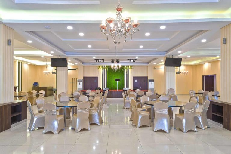 RedDoorz Premium near Kawasan Industri Cikarang (RedDoorz - Igloo Hotel), Cikarang