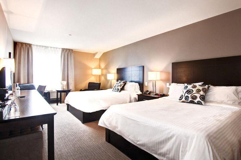 Imperia Hotel & Suites, Deux-Montagnes