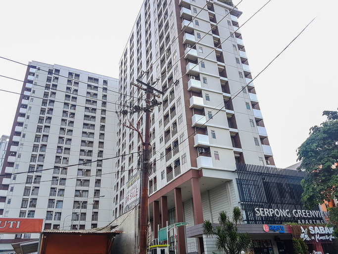 Relieved 1BR Apartment at Serpong Greenview By Travelio, Tangerang Selatan