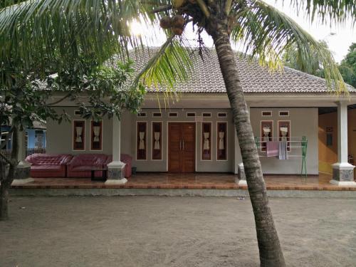 Homestay Wati Cimarinjung, Sukabumi