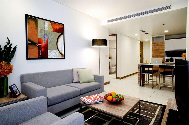 8 on Claymore Serviced Residences, Orchard