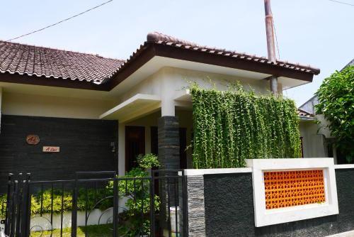 A5 Alima Guest House, Bantul