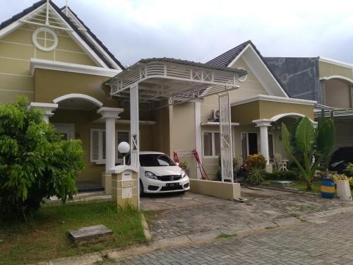 Jasmine Park Guest House, Demak