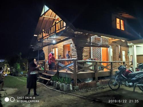 Saung Menginap Pandawa Lima, Bandung