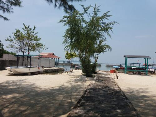 Tangguh Sea view Villa, Thousand Islands