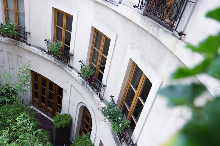 Prince De Conti Hotel, Paris