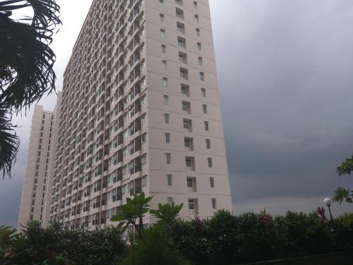 Compact Studio Apartment at Margonda Residence 3  By Travelio, Depok