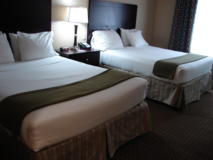 Holiday Inn Express & Suites Lynnwood, Snohomish