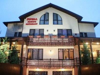 Pension Restaurant Pipera, Voluntari