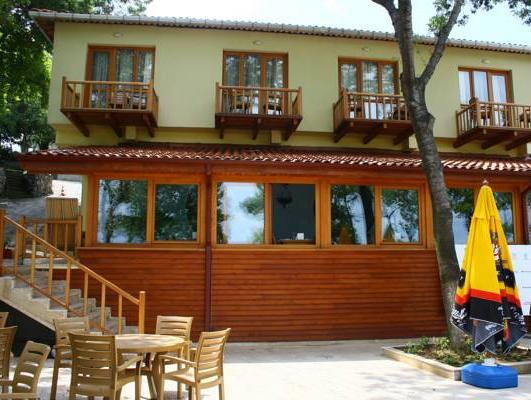 Tezel Pansiyon & Camping, Akçakoca
