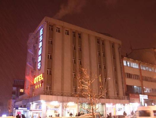 Esadas Hotel, Merkez