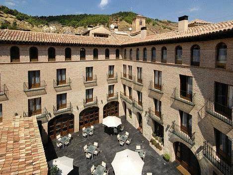 Hotel Cienbalcones, Zaragoza