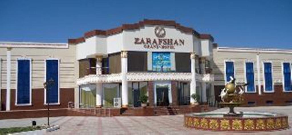 Grand Hotel Zarafshan In Fiez Navoi, Navbahor