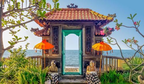 The Mahalani - All-Inclusive Oceanfront Villa, Buleleng