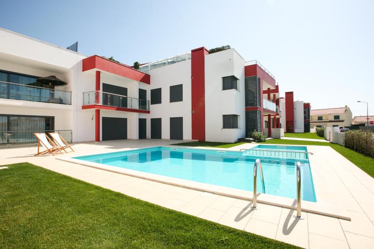 HolidayOnJ (T2 Penthouse), Peniche