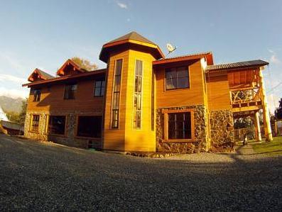 Hotel y Hostal Andes Pucon, Cautín
